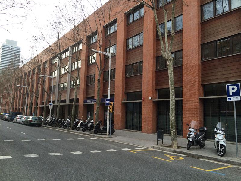 oficinas pelayo barcelona gal w