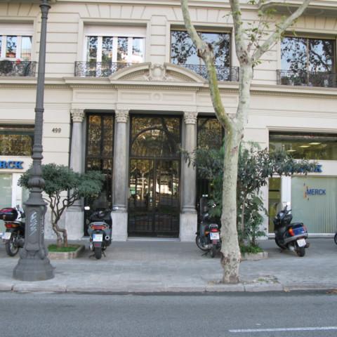 Oficinas planta calle Merck Farma