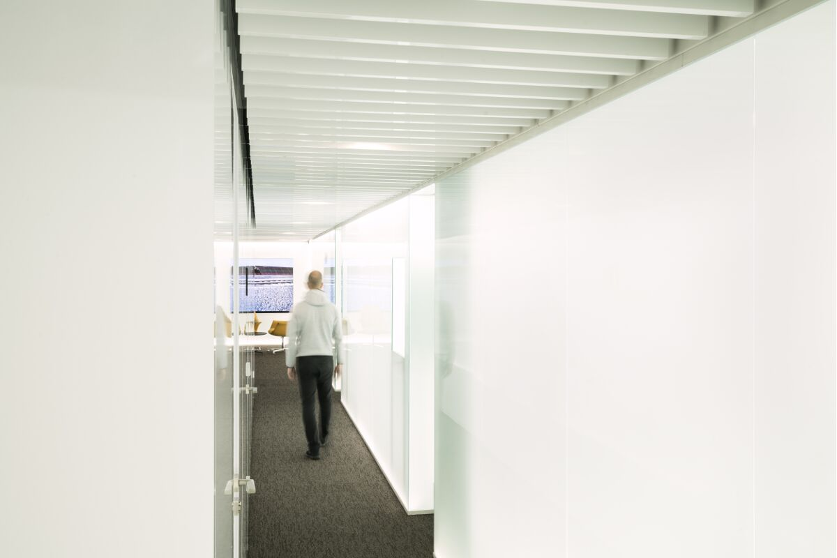 Galow heathy Arquitecture interior design well luxury corridor workplace