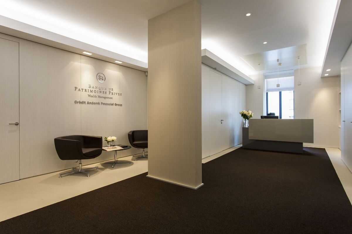Galow Private Bank Lisbon refurbishment interior design well workplace