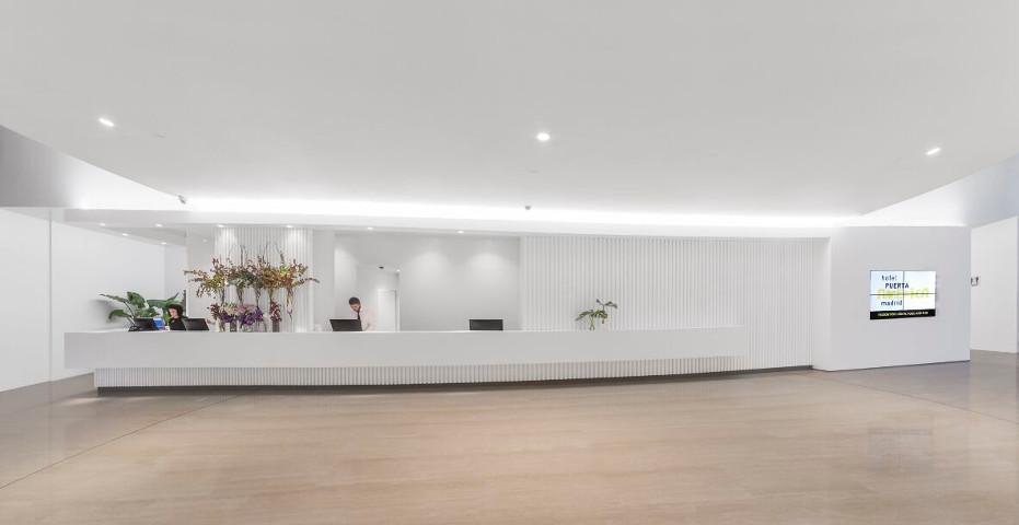 Lobby Hotel 5* Puerta América. Madrid 2017